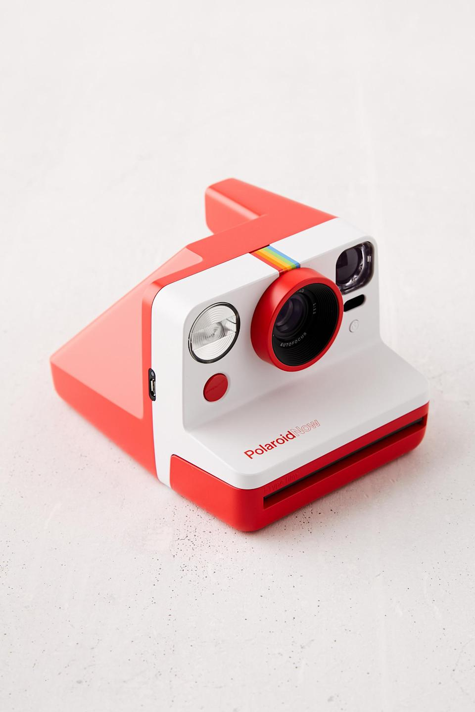 "25 Unexpected Ways To Say ""I Love You"" this Valentine's Day, Polaroid Now Instant Camera"
