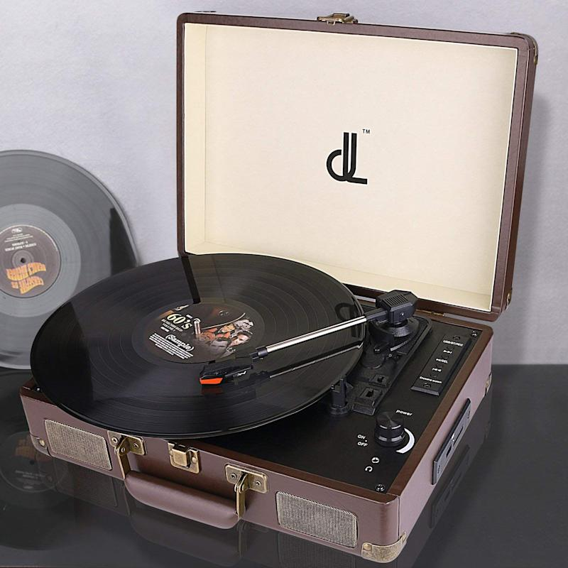 D&L Vintage Leather Bluetooth Record Player (Photo: Amazon)