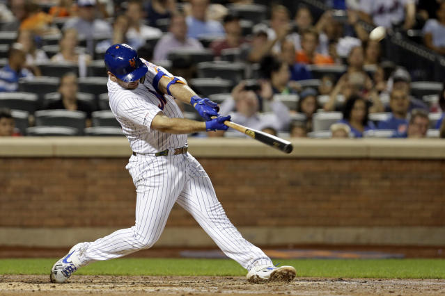 New York Mets' Pete Alonso hits his 53rd home run of the season during the third inning of a baseball game against the Atlanta Braves, Saturday, Sept. 28, 2019, in New York. (AP Photo/Adam Hunger)