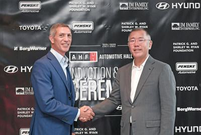 Hyundai Motor Group Honorary Chairman Mong-Koo Chung has been officially inducted into the Automotive Hall of Fame at the 2020/2021 Induction and Awards Ceremony.  The induction ceremony was attended by Hyundai Motor Group President Euisun Chung, who attended in place of Honorary President Mong-Koo Chung & # x002019; s.  (Left to right) Ramzi Hermiz, Chairman of the Board, Automotive Hall of Fame and Euisun Chung, Chairman of Hyundai Motor Group.