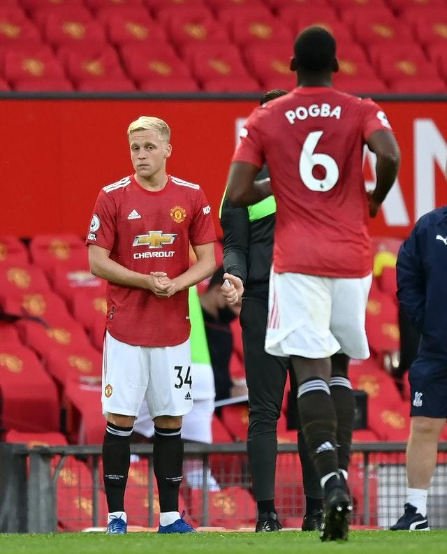 Donny van de Beek came on for his Manchester United debut in place of Paul Pogba