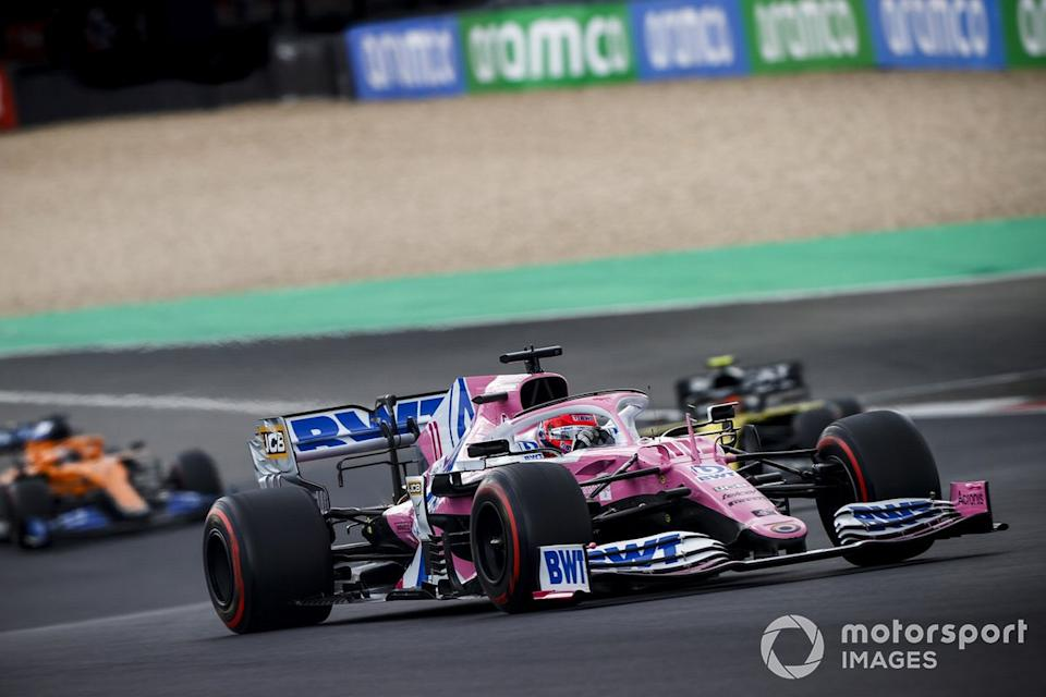 "Sergio Pérez, Racing Point RP20, Esteban Ocon, Renault F1 Team R.S.20<span class=""copyright"">Andy Hone / Motorsport Images</span>"
