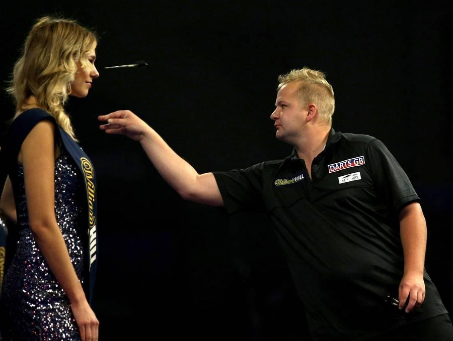 2016 William Hill PDC World Darts Championships - Day Five