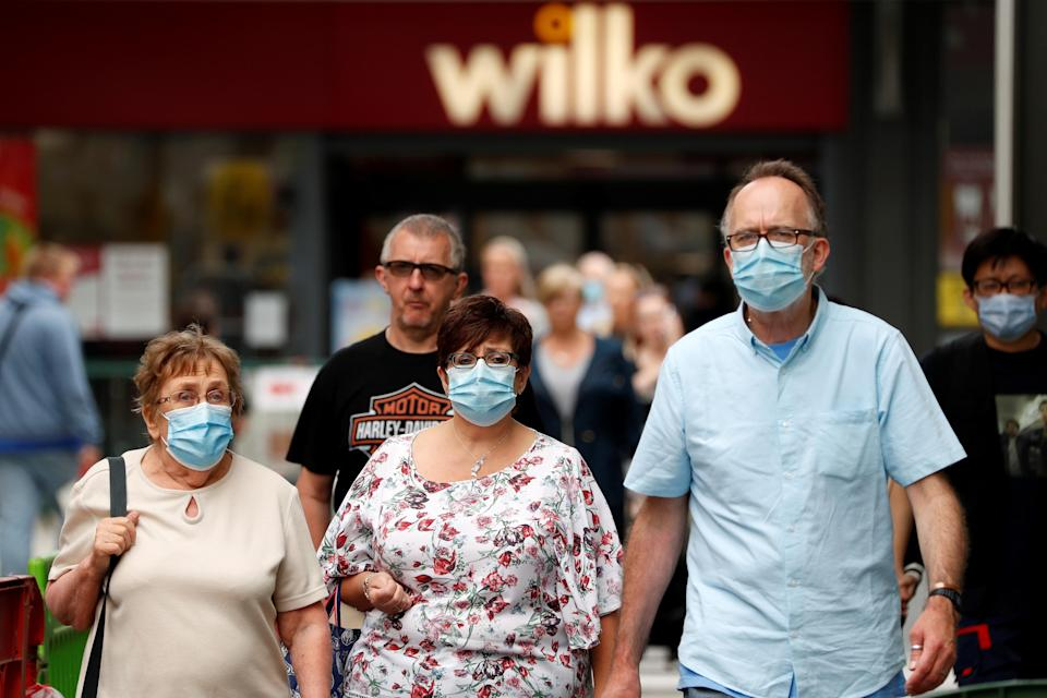 People who fail to cover their face risk a fine of up to £100. (Getty)
