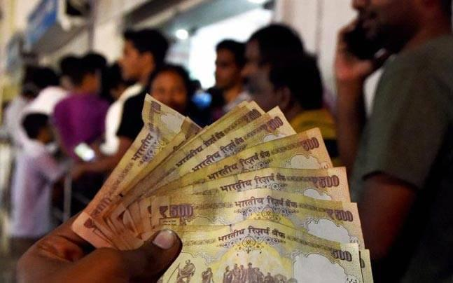 Why not allow deposit of banned notes till March 31 as promised, asks Supreme Court