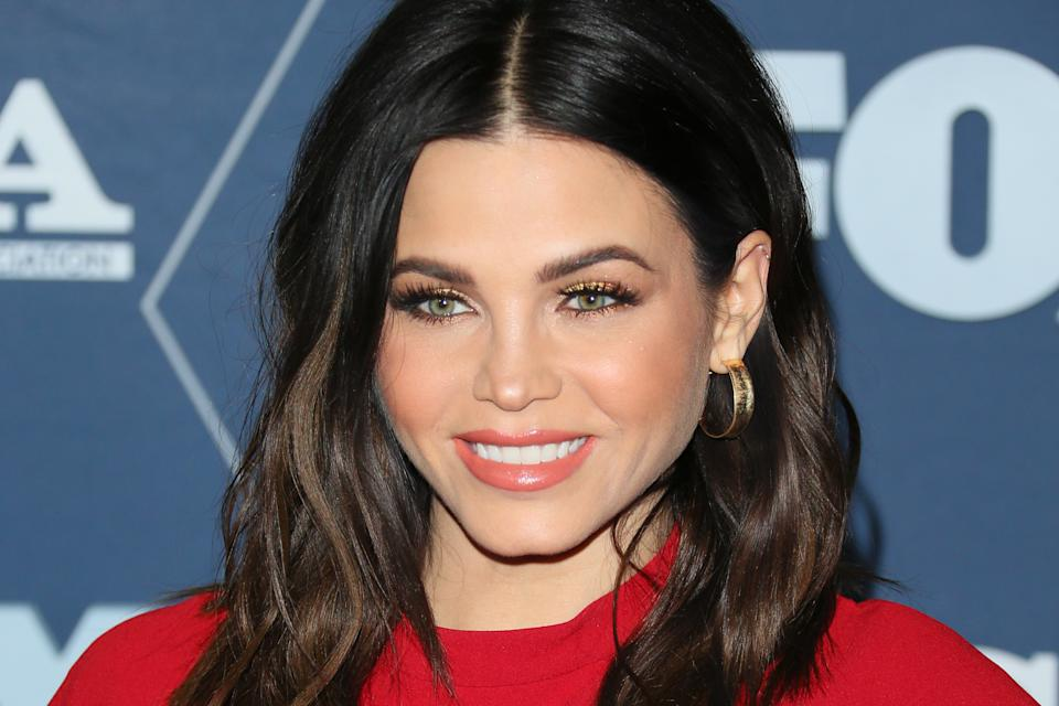 Dancer Jenna Dewan arrives for the Fox Winter TCA 2020 All-Star Party in Pasadena, California, on January 7, 2020. (Photo by Jean-Baptiste LACROIX / AFP) (Photo by JEAN-BAPTISTE LACROIX/AFP via Getty Images)