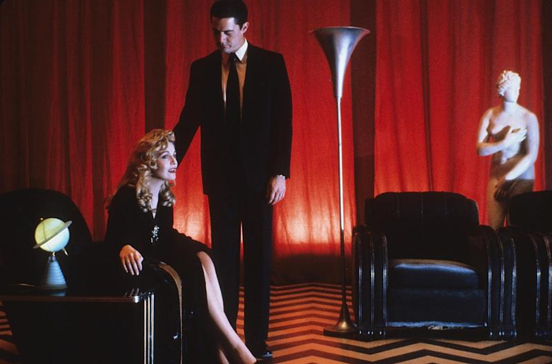 Welcome back to 'Twin Peaks': Showtime gives sneak peek at revival series