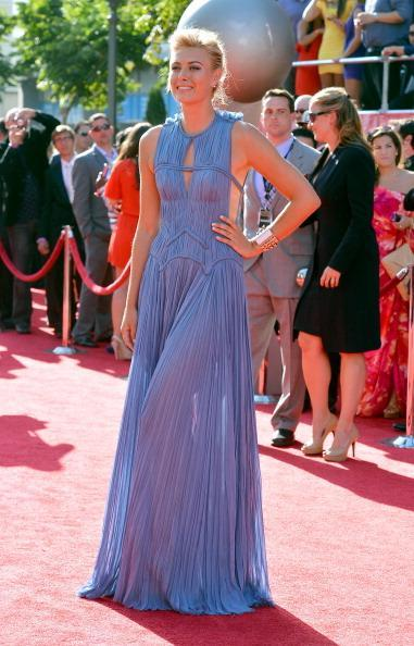 Tennis player Maria Sharapova arrives at the 2012 ESPY Awards at Nokia Theatre L.A. Live on July 11, 2012 in Los Angeles, California. (Photo by Frazer Harrison/Getty Images)
