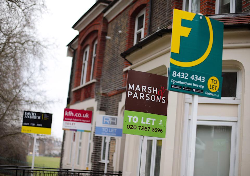 File photo dated 08/02/17 of a row of To Let estate agent signs placed outside houses in north London. Rental houses are being snapped up by tenants six days faster on average than they were a year earlier, analysis has found. In the last three months of 2020, houses were taking 13 days to be rented out typically, compared with an average of 19 days in the fourth quarter of 2019, Zoopla found. Issue date: Tuesday February 9, 2021.
