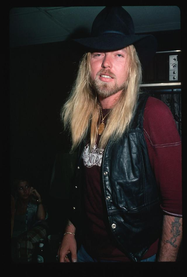 <p>Singer and keyboardist Gregg Allman of the Allman Brothers Band caught for a candid photograph in 18=982. (Lynn Goldsmith/Corbis/VCG via Getty Images) </p>