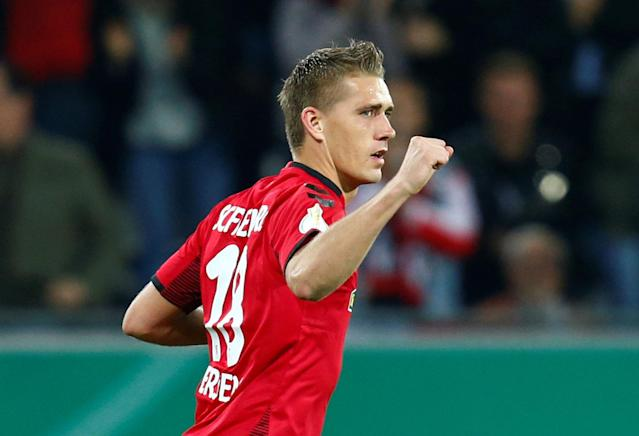 Soccer Football - DFB Cup Second Round - SC Freiburg v Dynamo Dresden - Dreisamstadion, Freiburg, Germany - October 25, 2017 SC Freiburg's Nils Petersen celebrates scoring their first goal REUTERS/Ralph Orlowski DFB RULES PROHIBIT USE IN MMS SERVICES VIA HANDHELD DEVICES UNTIL TWO HOURS AFTER A MATCH AND ANY USAGE ON INTERNET OR ONLINE MEDIA SIMULATING VIDEO FOOTAGE DURING THE MATCH.