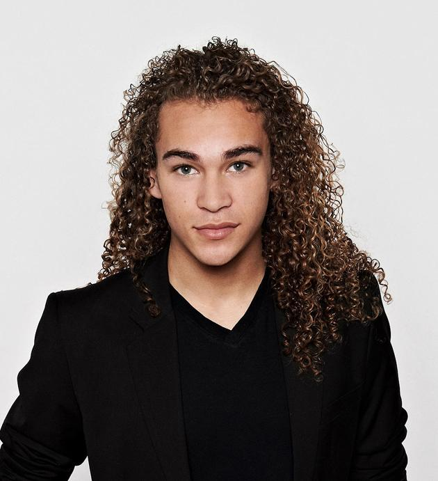 "DeAndre Brackensick, 17, from San Jose, CA, competes on Season 11 of ""<a target=""_blank"" href=""http://tv.yahoo.com/american-idol/show/34934"">American Idol</a>."""