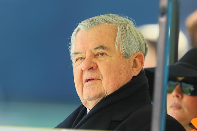 "<a class=""link rapid-noclick-resp"" href=""/nfl/teams/car/"" data-ylk=""slk:Carolina Panthers"">Carolina Panthers</a> owner Jerry Richardson will sell the team amid allegations of workplace misconduct. (Getty)"