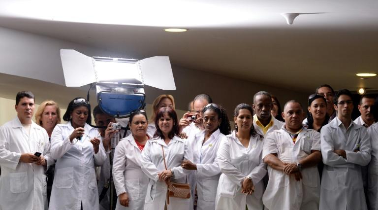Cuban physicians in Brazil marking the passage of a law on October 22, 2013 that set up a program enabling them to work in deprived areas of Brazil
