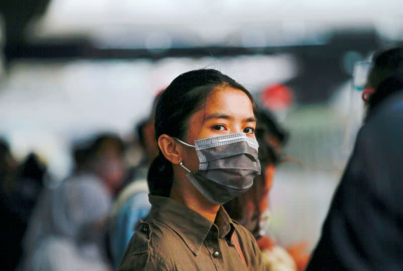 Indonesia reports 3,989 new coronavirus infections, 105 deaths