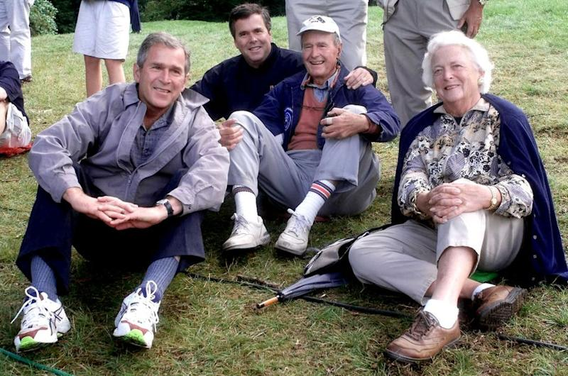 The Bush family,(L-R) Texas Governor and presidential candidate George W., Florida Governor Jeb, former US president George and his wife Barbara | JOHN MOTTERN/AFP/Getty