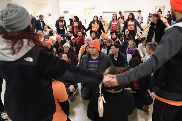 <p>Immigration activists reherse civil disobediance ahead of a protest on Feb. 7, 2018 in Washington, D.C. (Photo: John Moore/Getty Images) </p>