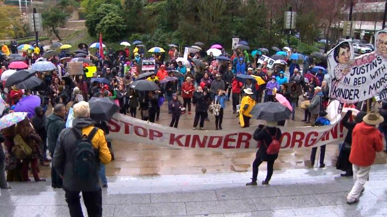 Business leaders urge Ottawa to end Trans Mountain impasse