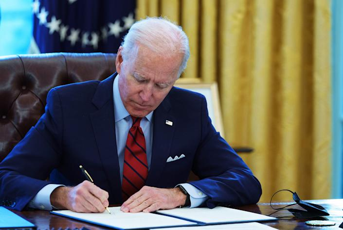 On his second day in office, President Joe Biden directed OSHA to consider developing a COVID-19 rule for workplaces and issue it by March 15 if the rule seemed necessary. (Photo: MANDEL NGAN via Getty Images)
