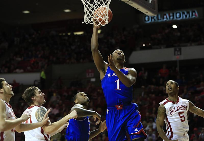 Defensive lapses cost Sooners in loss to No. 18 KU