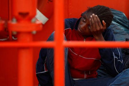 Threatened by the Libya and Italy, MSF suspends Mediterranean rescues