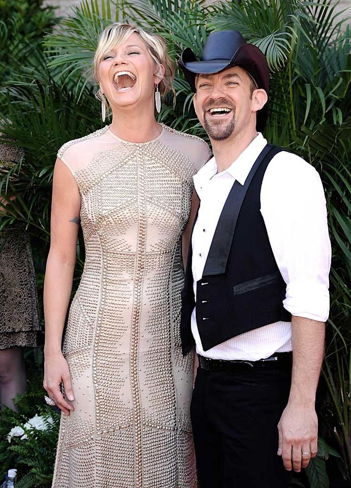"Sugarland's Jennifer Nettles and Kristian Bush shared a laugh as they made their way into the star-studded event. Charley Gallay/<a href=""http://www.gettyimages.com/"" target=""new"">GettyImages.com</a> - May 18, 2008"