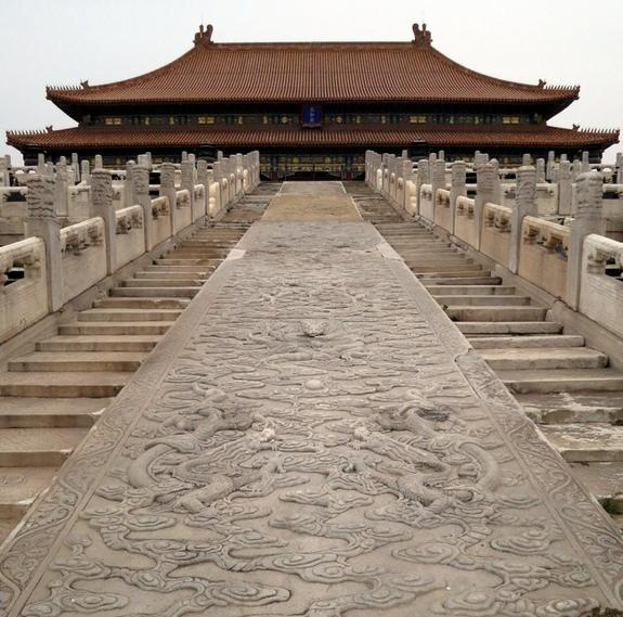 China's Forbidden City Built with Giant 'Sliding Stones'
