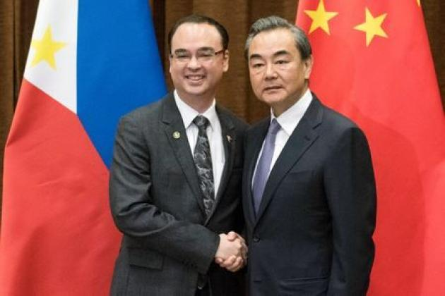 China hails 'golden period' in relations with Philippines