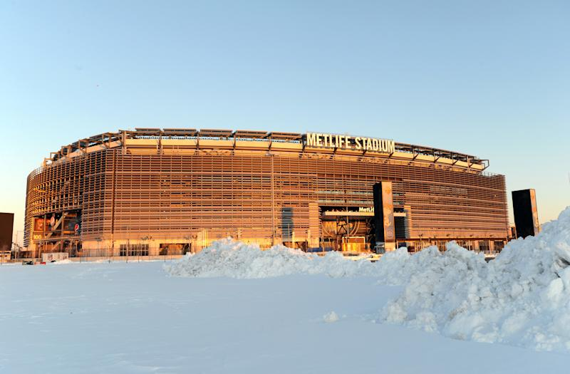 NFL embraces possibility of snowy Super Bowl