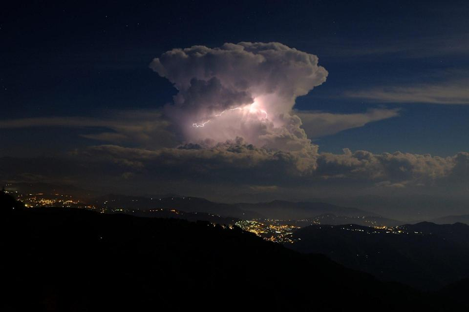 """A new study says that lightning may be directly responsible for much of the """"atmospheric detergent"""" found around the world."""