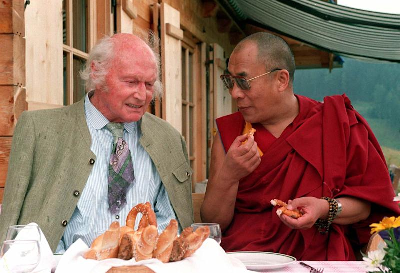 FILE PHOTO JULY 1992 - Austrian mountaineer Heinrich Harrer (L), the first to climb the Eiger's north face, talks to the Dalai Lama on the occasion of his 80th birthday in Huettenberg in Austria's southern Carinthia province in July 1992. Harrer, a close friend of the Dalai Lama, admitted May 28 he was a member of the National Socialist party. AUSTRIA HARRER