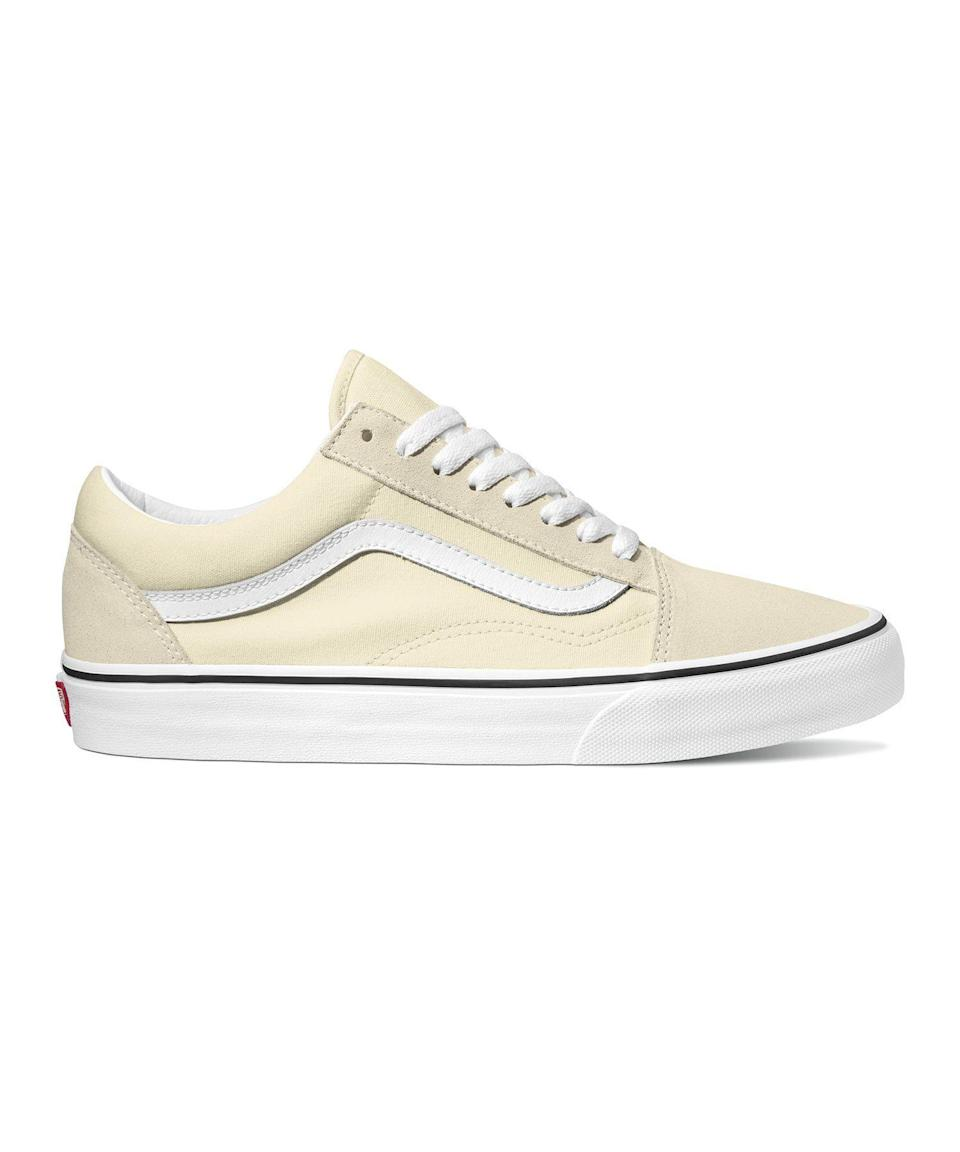 """<p><strong>VANS</strong></p><p>toddsnyder.com</p><p><strong>$85.00</strong></p><p><a href=""""https://go.redirectingat.com?id=74968X1596630&url=https%3A%2F%2Fwww.toddsnyder.com%2Fcollections%2Fsneakers%2Fproducts%2Fvans-old-skool-classic-white-white&sref=https%3A%2F%2Fwww.esquire.com%2Fstyle%2Fmens-fashion%2Fg34385982%2Ffall-wardrobe-essentials%2F"""" rel=""""nofollow noopener"""" target=""""_blank"""" data-ylk=""""slk:Shop Now"""" class=""""link rapid-noclick-resp"""">Shop Now</a></p><p>PSA: """"No white shoes after Labor Day"""" is a myth. But let's be honest, if you're sporting a pair of Vans Old Skools, you wouldn't care anyway. These classic sneaks are perfect for every season and can be styled with anything in your wardrobe, adding an effortless ease to any 'fit. Next time you're headed to a casual function (we're dreaming here!), turn heads by rocking a fresh pair with a dark suit. </p>"""