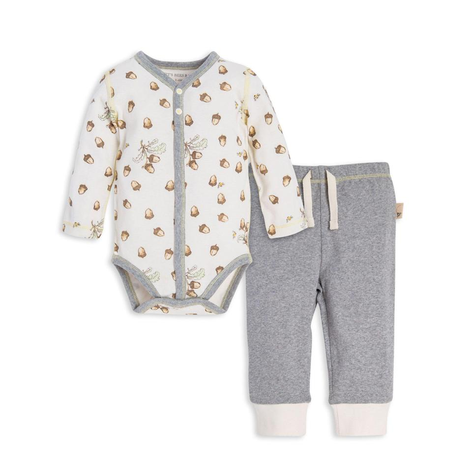 """<p><strong>Burt's Bees Baby</strong></p><p>burtsbeesbaby.com</p><p><strong>$19.95</strong></p><p><a href=""""https://go.redirectingat.com?id=74968X1596630&url=https%3A%2F%2Fwww.burtsbeesbaby.com%2Ffalling-acorn-organic-baby-bodysuit-pant-set-ly25846&sref=https%3A%2F%2Fwww.goodhousekeeping.com%2Fholidays%2Fthanksgiving-ideas%2Fg23100250%2Fbest-baby-thanksgiving-outfits%2F"""" rel=""""nofollow noopener"""" target=""""_blank"""" data-ylk=""""slk:Shop Now"""" class=""""link rapid-noclick-resp"""">Shop Now</a></p><p>If you're looking for something oh-so-comfy, this acorn-print two-piece set from Burt's Bees Baby fits the bill. It doesn't have a turkey on it, so you can continue wearing it the rest of autumn. </p><p><strong>RELATED: </strong><a href=""""https://www.goodhousekeeping.com/childrens-products/g21290251/best-baby-clothes/"""" rel=""""nofollow noopener"""" target=""""_blank"""" data-ylk=""""slk:These Are the Clothing Brands That Make the Best Baby Clothes"""" class=""""link rapid-noclick-resp"""">These Are the Clothing Brands That Make the Best Baby Clothes</a></p>"""