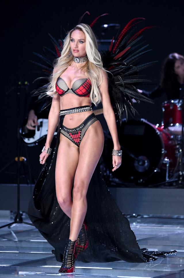 Candice Swanepoel (Theo Wargo via Getty Images)