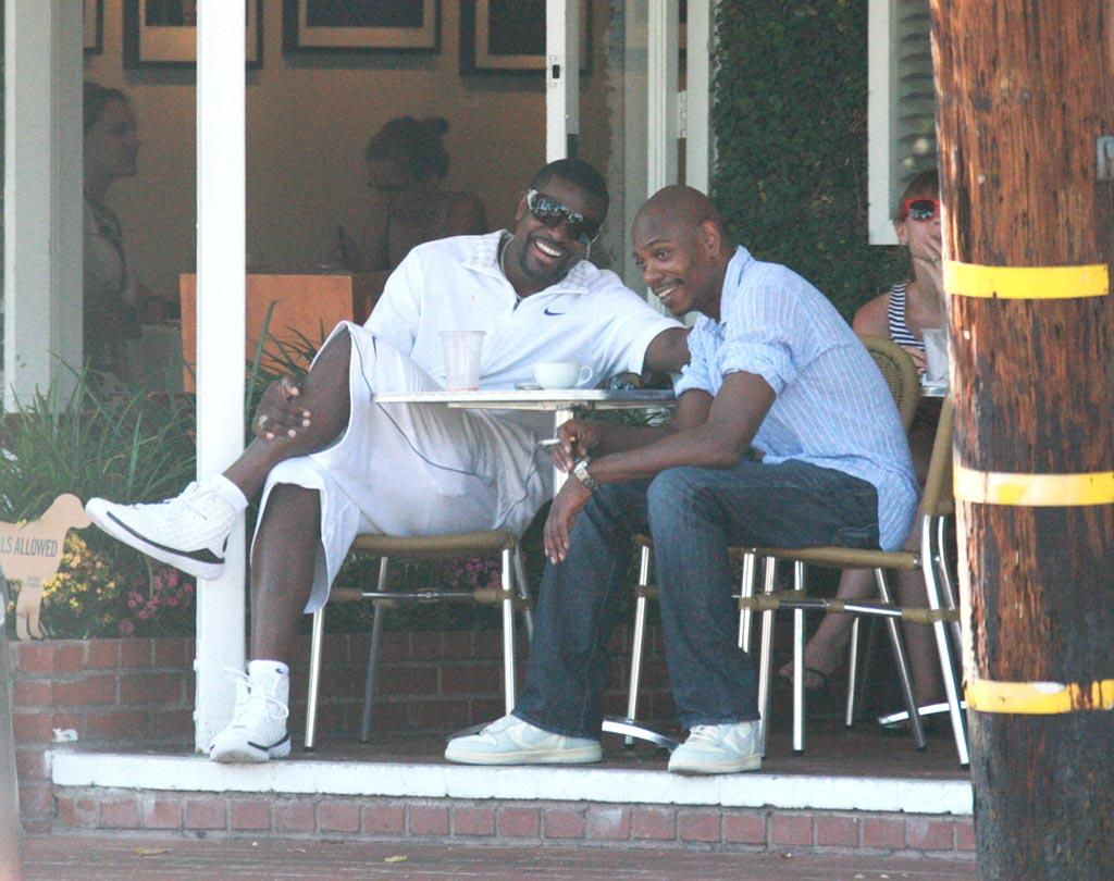 """Chris Tucker and Dave Chappelle share a laugh over drinks while shopping at the trendy Fred Segal store in Los Angeles. JLM/<a href=""""http://www.splashnewsonline.com/"""" target=""""new"""">Splash News</a> - June 22, 2008"""