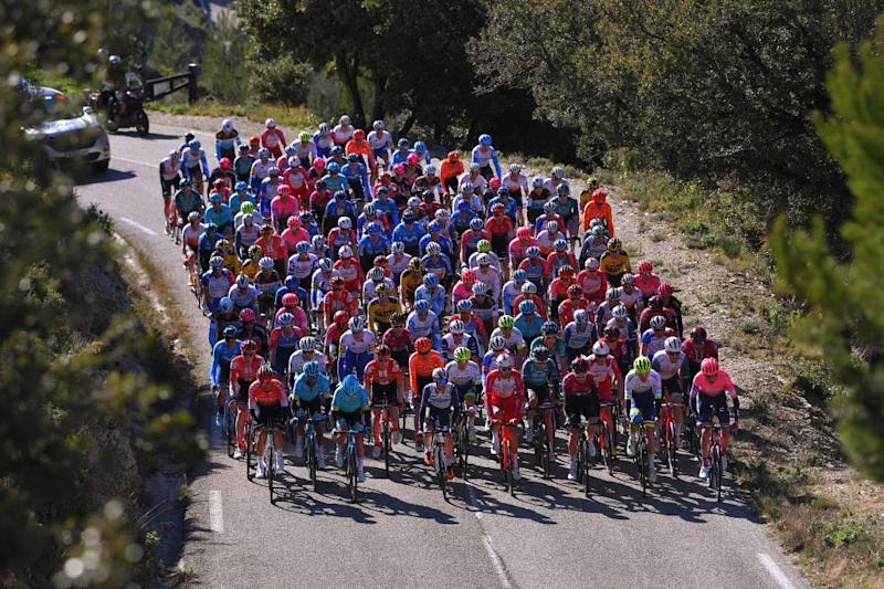 The peloton at the our de La Provence