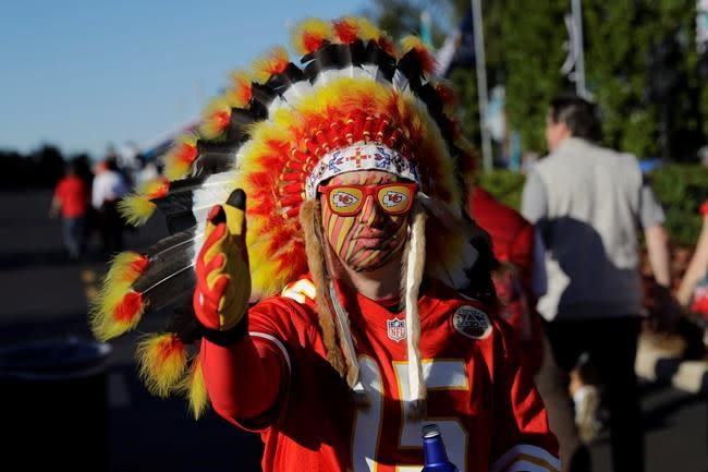 Chiefs nix headdresses, war paint to start NFL season