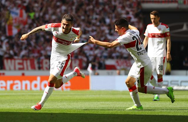 Football Soccer - VfB Stuttgart v Wurzburger Kickers - 2. Bundesliga - Mercedes-Benz Arena, Stuttgart, Germany - 21/5/17 VfB Stuttgart's Matthias Zimmermann celebrates scoring their first goal with team mates Reuters / Kai Pfaffenbach Livepic DFL RULES TO LIMIT THE ONLINE USAGE DURING MATCH TIME TO 15 PICTURES PER GAME. IMAGE SEQUENCES TO SIMULATE VIDEO IS NOT ALLOWED AT ANY TIME. FOR FURTHER QUERIES PLEASE CONTACT DFL DIRECTLY AT + 49 69 650050.
