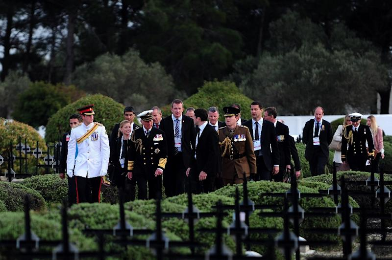 Britain's Prince Charles, the Prince of Wales (R) and Prince Harry (L) arrive to a French memorial service marking the 100th anniversary of the start of the Battle of Gallipoli on April 24, 2015 in Canakkale, Turkey (AFP Photo/Ozan Kose)