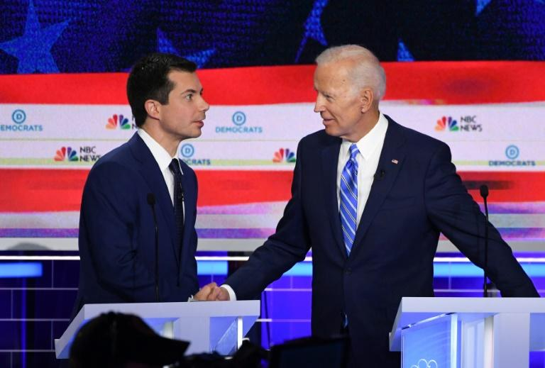 Democratic presidential hopeful and South Bend, Indiana Mayor Pete Buttigieg (L) was among several younger candidates at the Democratic debate on June 27, 2019 calling for a new generation of leaders (AFP Photo/SAUL LOEB)