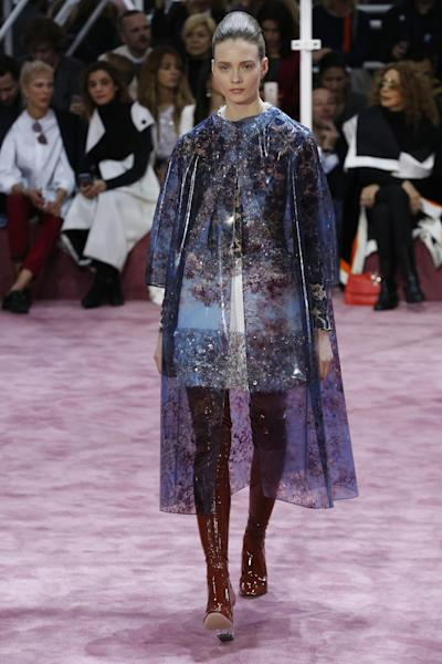 Shiny vinyl thigh-length stocking boots at Dior Haute Couture SS15