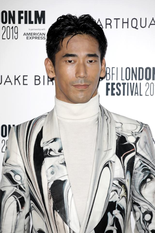 Messy Middle Part Exhibit B: Naoki Kobayashi, looking extremely god-like in some Tom Ford. Just so many mesmerizing swirls here.