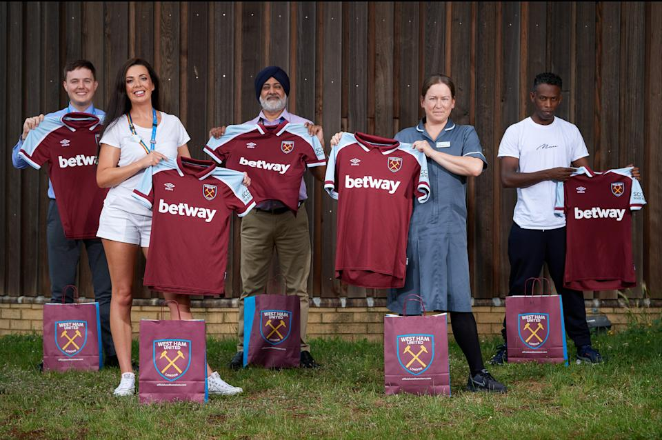 Local NHS workers get an early glimpse at the new kit (West Ham United)