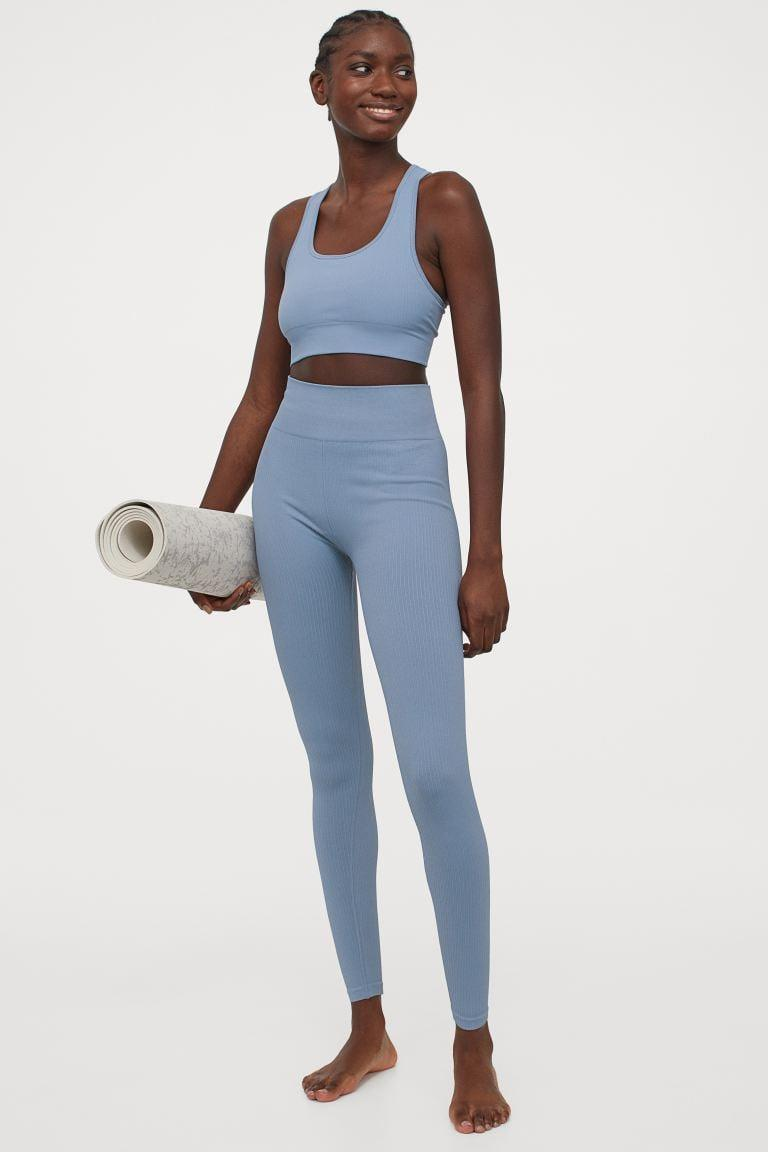 <p>Get moving, or stay lounging, in these <span>H&amp;M Seamless Sports Leggings</span> ($20).</p>
