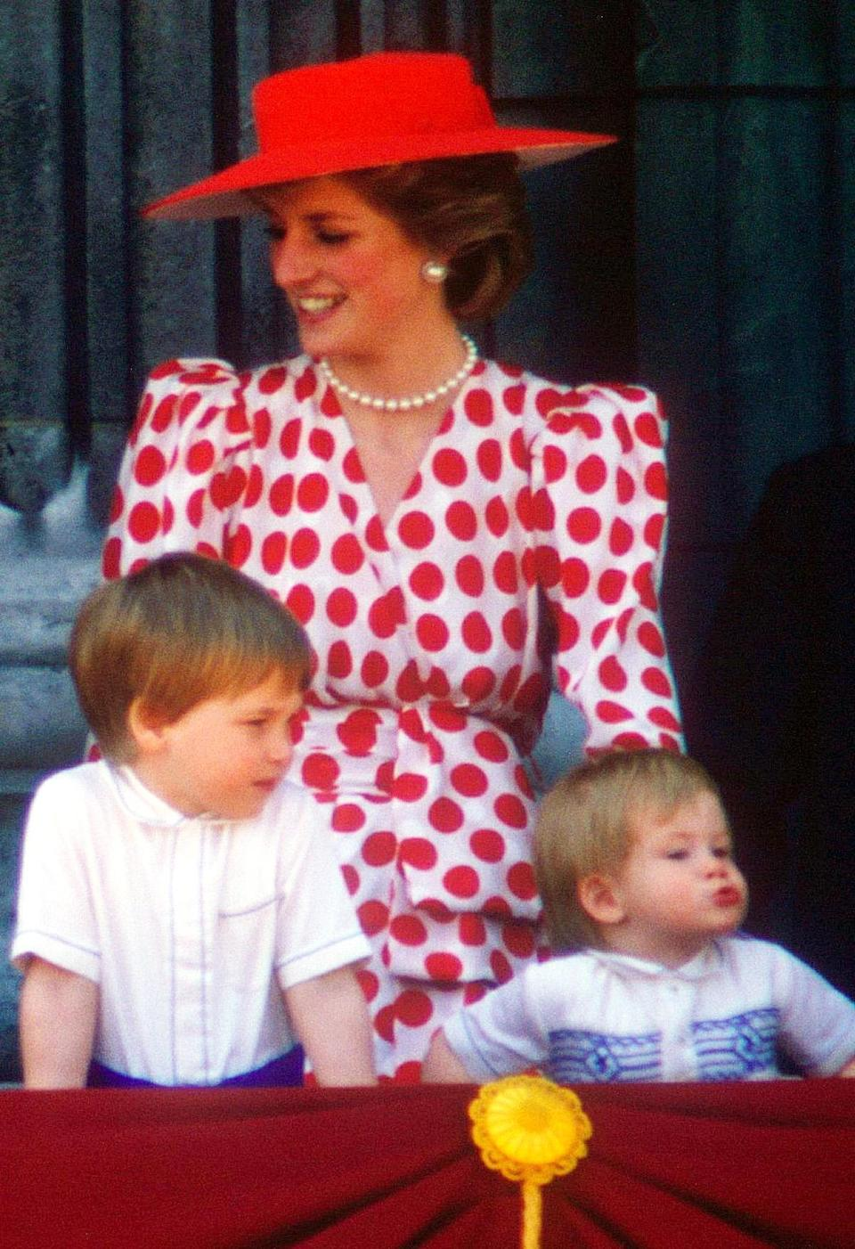 For the 1986 event, Princess Diana wore a polka dot dress and co-ordinating hat. (Rex pictures)