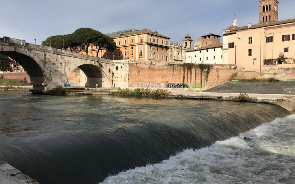 Pleasure boats can currently only sail upstream of the weir by Tiber Island - Nick Squires