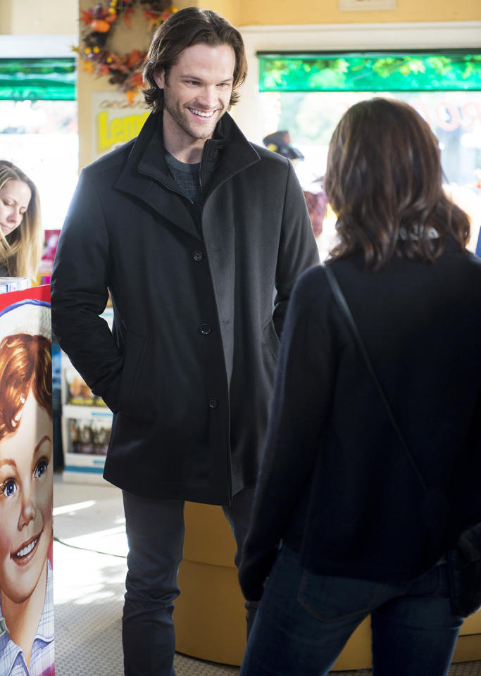 <p>Jared Padalecki and Alexis Bledel </p>