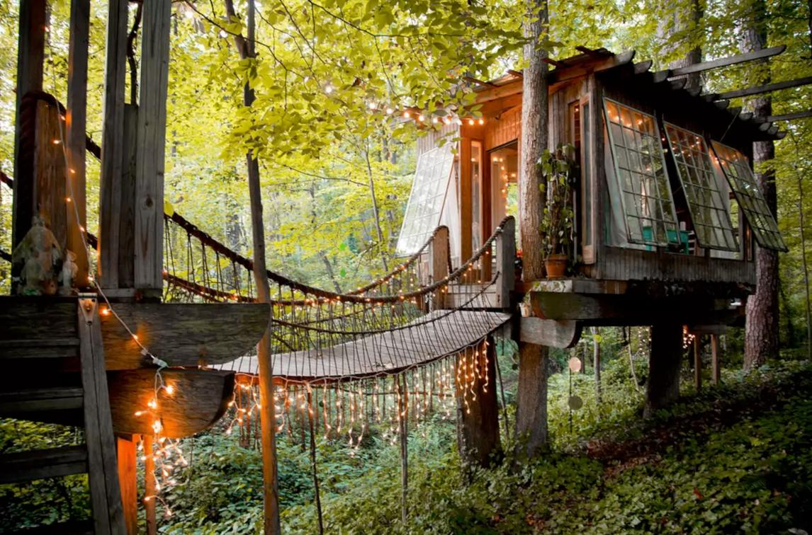 <p>This romantic treehouse in Atlanta can be all yours for $519 a night. (Airbnb) </p>