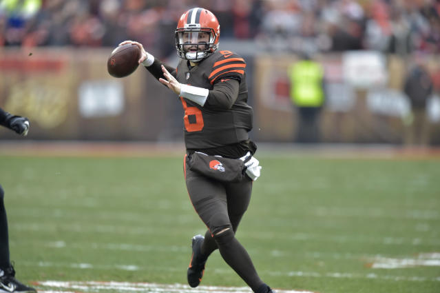 Baker Mayfield defended his epic staredown of former coach Hue Jackson on Sunday, and had strong words for those who didn't appreciate the gesture. (AP)