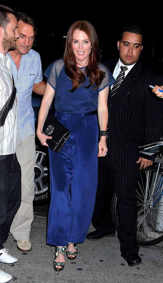 "Julianne Moore also stepped out in the Big Apple wearing an unfortunate pair of blue pants. Why so frumpy? Darla Khazei/<a href=""http://www.pacificcoastnews.com/"" target=""new"">PacificCoastNews.com</a> - June 29, 2010"